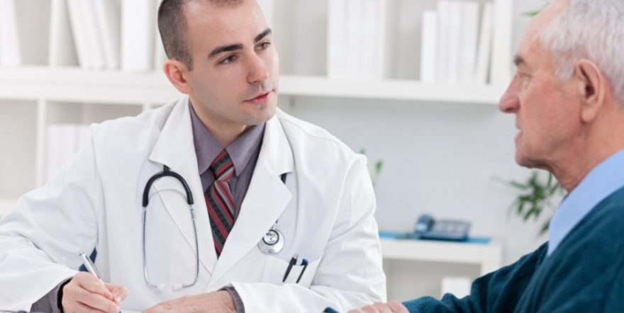 doctor-explaining-diagnosis-to-his-male-patient_147729752-940x472.jpg