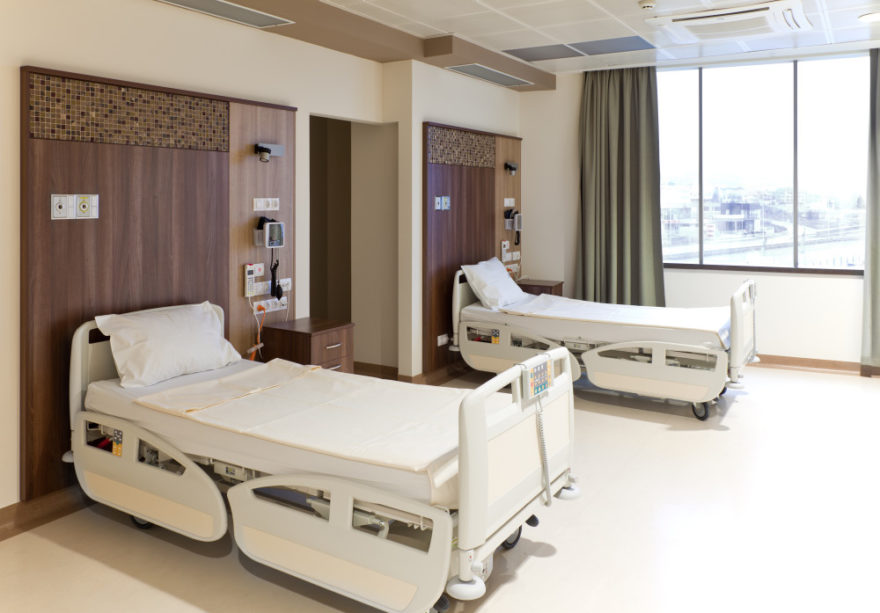hospital-room-e1438632652392.jpg